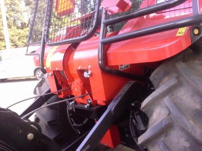 STEYR traktor detail pneumatiky