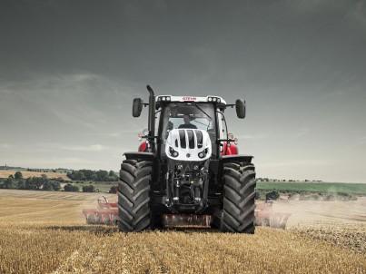 nejsilnější traktor STEYR Terrus na poli - 6270 - 6300 TERRUS CVT ecotech