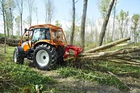 Traktor Steyr při práci