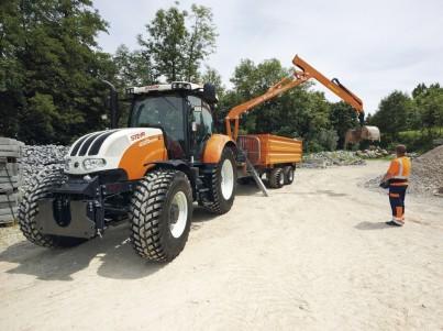 Valníky s ramenem k traktorům Steyr - komunální technika