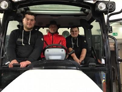 Traktor pro výcvik řidičů