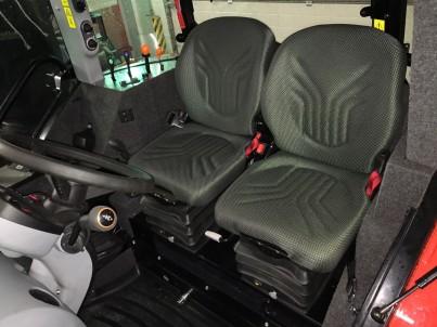 kabina výcvikového traktoru