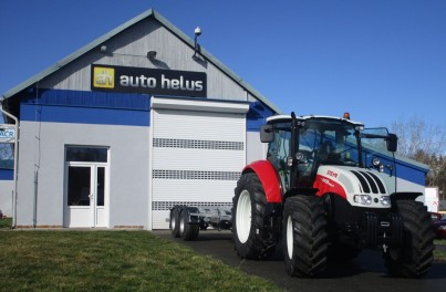 traktor steyr skladem