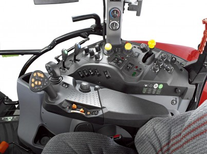 steyr multi řídící kabina