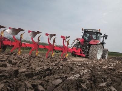 obdělávání půdy se STEYR CVT