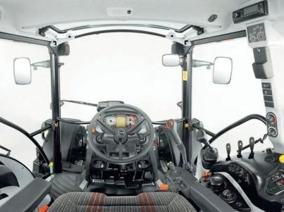 traktro STEYR Multi kabina