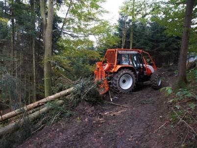 prodej traktorů do lesa STEYR