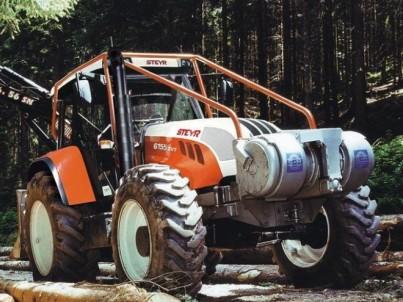 servis traktorů s nástavbou STEYR
